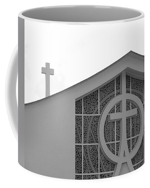 Black And White Coffee Mug featuring the photograph Double Cross Church by Rob Hans