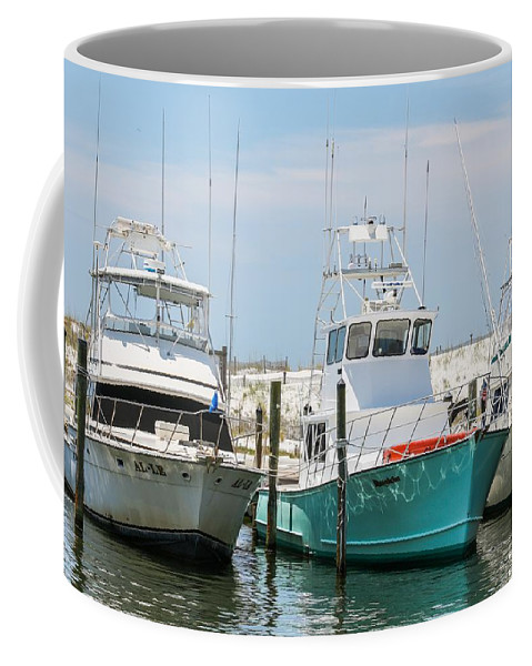 Destin Coffee Mug featuring the photograph Down Time by Gary Oliver