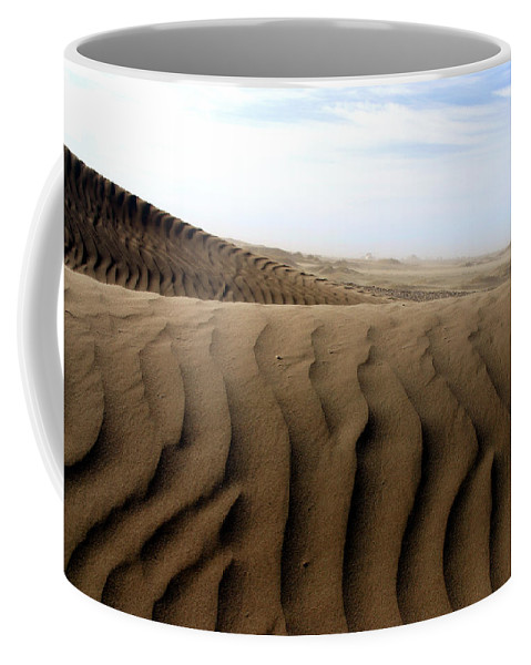 Sand Dunes Coffee Mug featuring the photograph Dunes Of Alaska by Anthony Jones