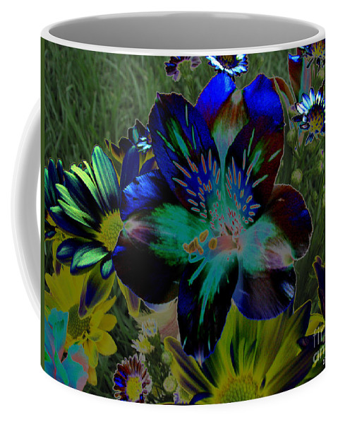 Art For The Wall...patzer Photography Coffee Mug featuring the photograph Electric Lily by Greg Patzer