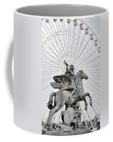 Lawrence Coffee Mug featuring the photograph Emanating Sound by Lawrence Boothby