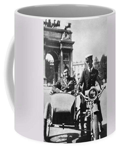 1918 Coffee Mug featuring the photograph Ernest Hemingway (1899-1961) by Granger