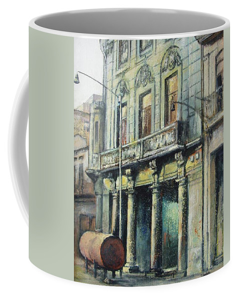 Havana Coffee Mug featuring the painting Esplendor en la habana by Tomas Castano