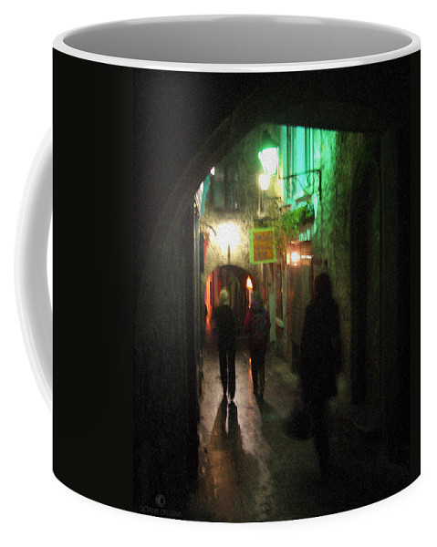 Ireland Coffee Mug featuring the photograph Evening Shoppers by Tim Nyberg