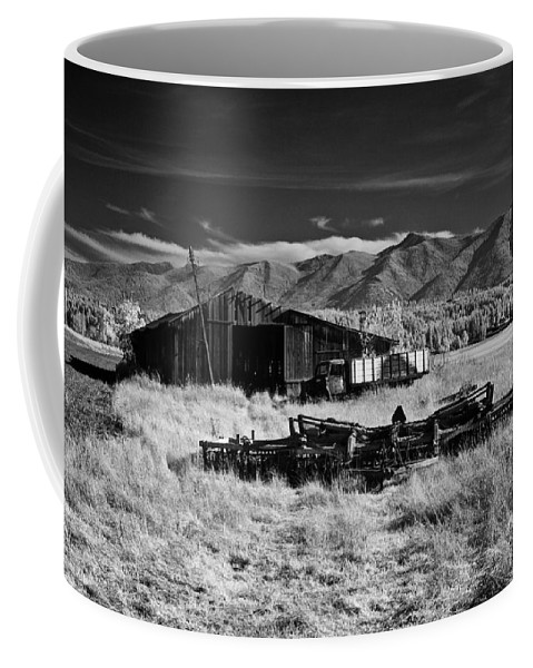 B&w Coffee Mug featuring the photograph Farm Building In Infrared by Lee Santa