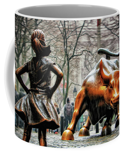 Fearless Girl Statue Coffee Mug featuring the photograph Fearless Girl And Wall Street Bull Statues by Nishanth Gopinathan