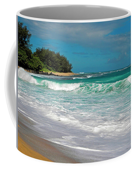 Frank Wilson Coffee Mug featuring the photograph Foamy Surf by Frank Wilson