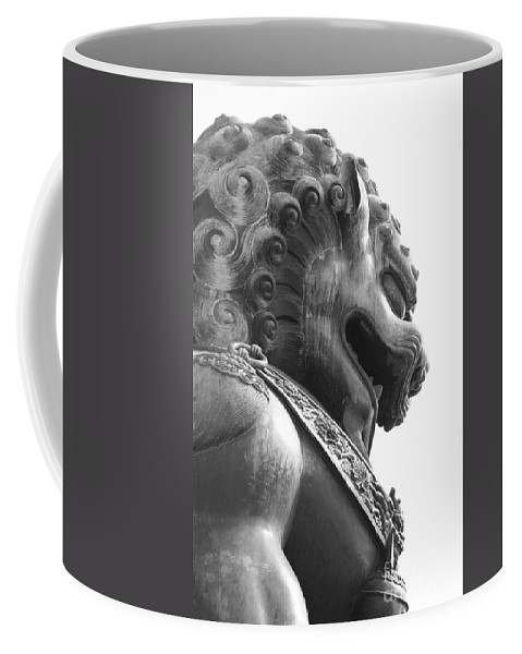 China Coffee Mug featuring the photograph Forbidden City Lion - Black And White by Carol Groenen