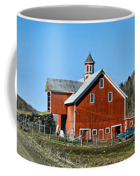 Barn Coffee Mug featuring the photograph Franklin Spring Barn by Deborah Benoit