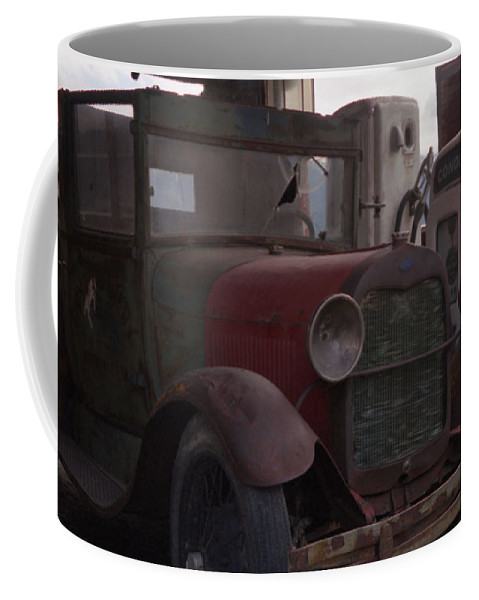 Gas Station Coffee Mug featuring the photograph Full Service by Richard Rizzo