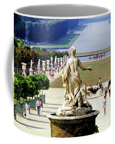 Gardens Coffee Mug featuring the photograph Gardens, Palace Of Versailles, Paris by Buddy Mays