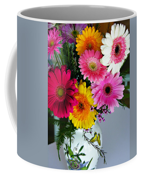 Flower Coffee Mug featuring the photograph Gerbera Daisy Bouquet by Marilyn Hunt