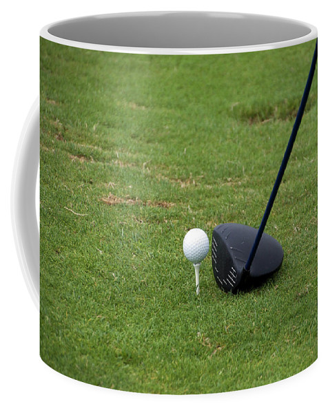 New York Coffee Mug featuring the photograph Golfing Lining Up The Driver by Thomas Woolworth