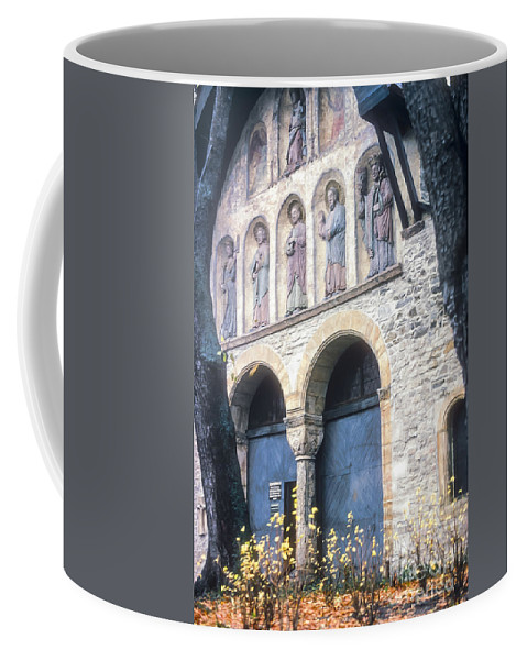 Gosler Germany Statue Statues Artwork Cathedral Cathedrals Structure Structures Building Buildings Architecture Church Churches Place Of Worship Places Of Worship Coffee Mug featuring the photograph Gosler Cathedral by Bob Phillips