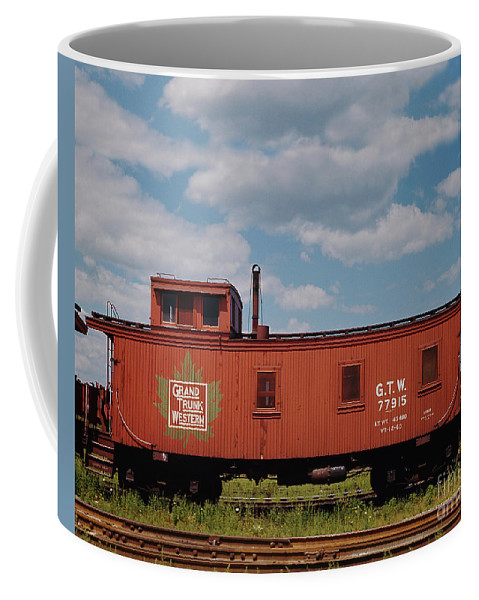 Transportation Coffee Mug featuring the photograph Grand Trunk Railroad Wood Caboose by Twarog Photography