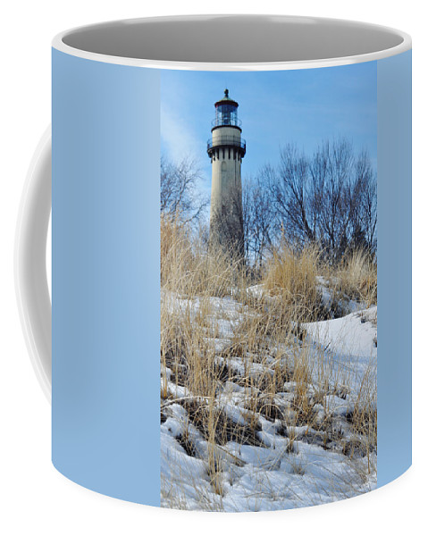 Grosse Point Lighthouse Coffee Mug featuring the photograph Grosse Point Lighthouse Winter Dunes by Kyle Hanson