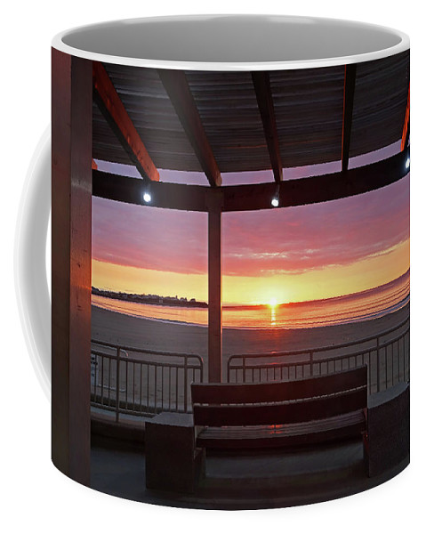 Hampton Coffee Mug featuring the photograph Hampton Beach Sunrise Hampton Beach State Park Hampton Nh Bench 2 by Toby McGuire