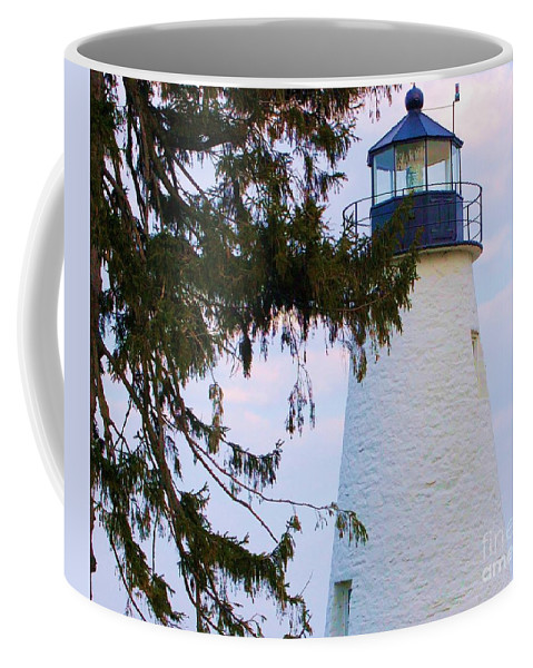 Lighthouse Coffee Mug featuring the photograph Havre De Grace Lighthouse by Debbi Granruth