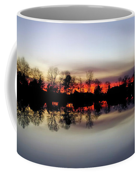 2d Coffee Mug featuring the photograph Hearns Pond Silhouette by Brian Wallace