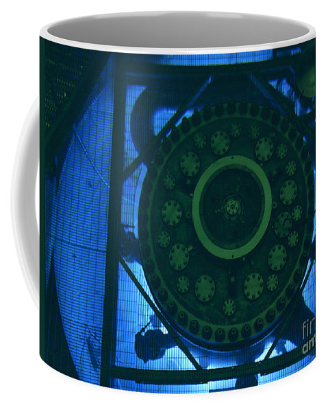 Science Coffee Mug featuring the photograph High Flux Isotope Reactor Pool by Science Source