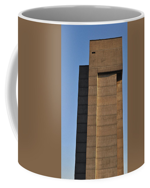 Building Coffee Mug featuring the photograph High Rise by Tim Nyberg