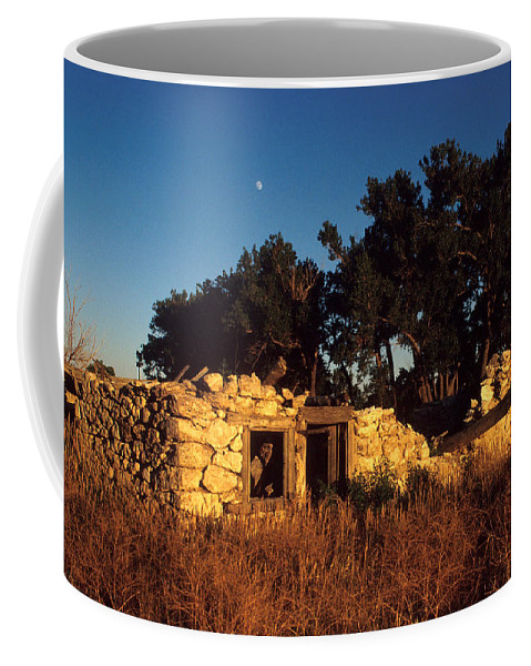Landscape Coffee Mug featuring the photograph Highway 30 Homestead by Jerry McElroy