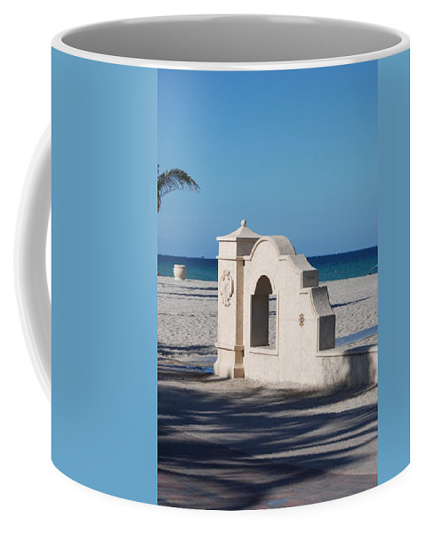 Beach Coffee Mug featuring the photograph Hollywood Beach Wall In Color by Rob Hans