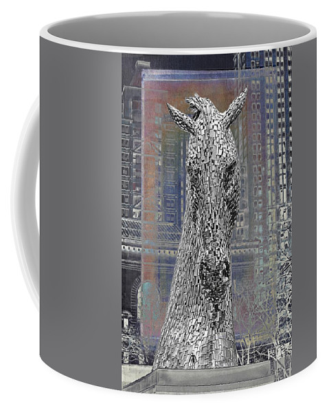 Horse Head Coffee Mug featuring the photograph Horse In The City by Alice Gipson