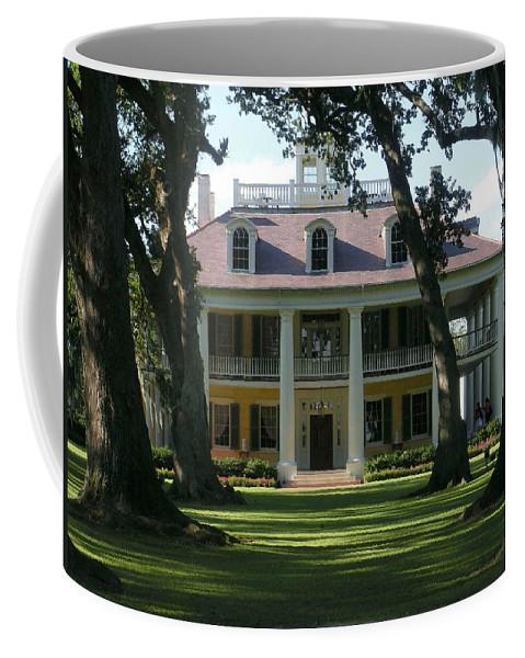 Houmas Coffee Mug featuring the photograph Houmas House Plantation by Nelson Strong