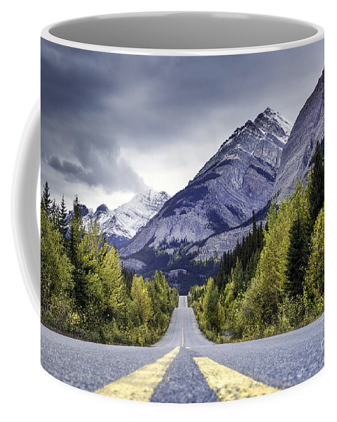 Banff National Park Coffee Mug featuring the photograph Icefield Parkway by Daryl L Hunter
