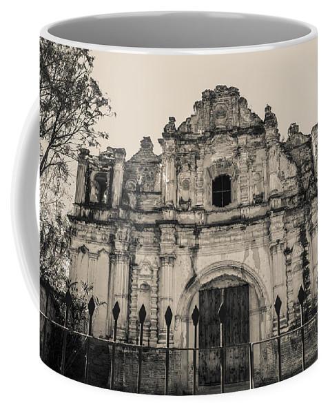 Iglesia San Jose El Viejo Coffee Mug featuring the photograph Iglesia San Jose El Viejo - Antigua Guatemala by Totto Ponce