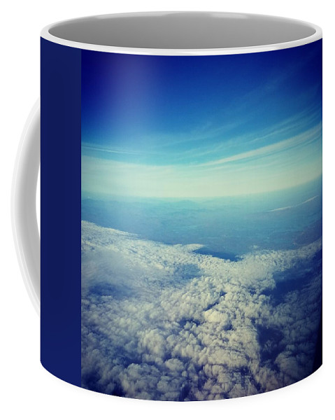 Skies Coffee Mug featuring the photograph In Flight by Thai Sinkinson