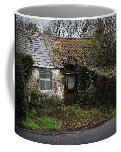 Hovel Coffee Mug featuring the photograph Irish Hovel by Tim Nyberg