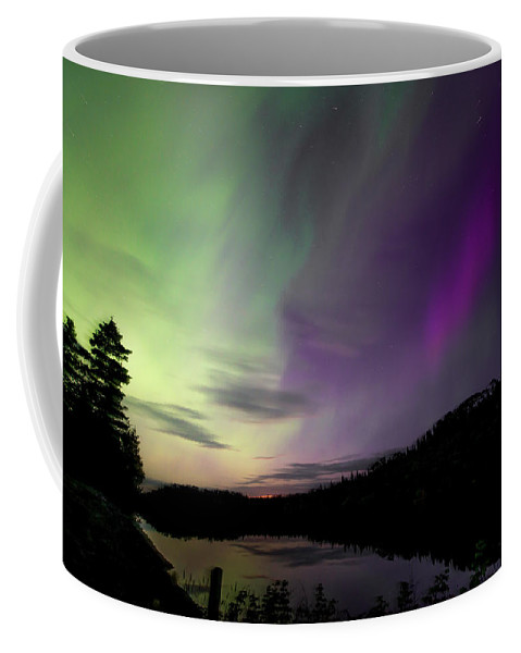 Isle Royale Coffee Mug featuring the photograph Isle Royale Pickerel Cove Aurora by Shane Mossman