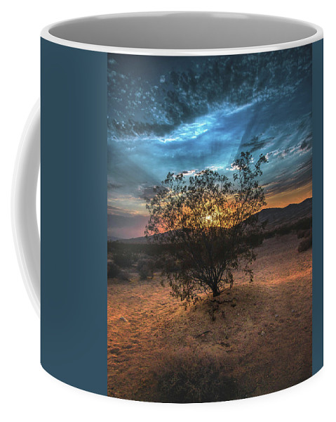 Kelso Dunes Coffee Mug featuring the photograph Kelso Sunset by Marjorie Mendoza