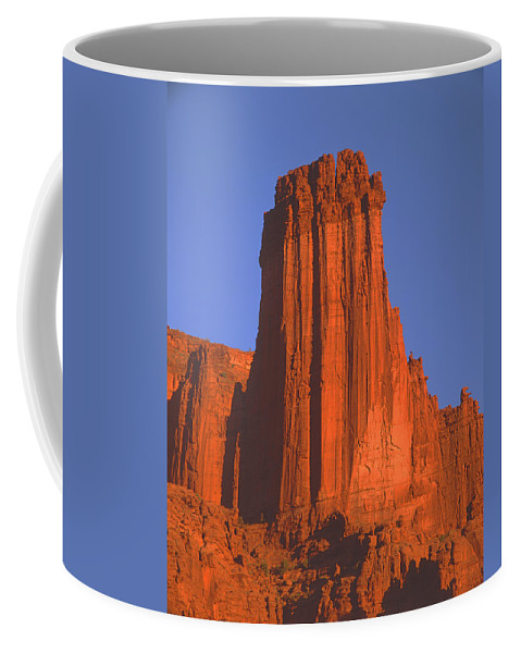 Sunset Coffee Mug featuring the photograph 612706-kingfisher Tower by Ed Cooper Photography