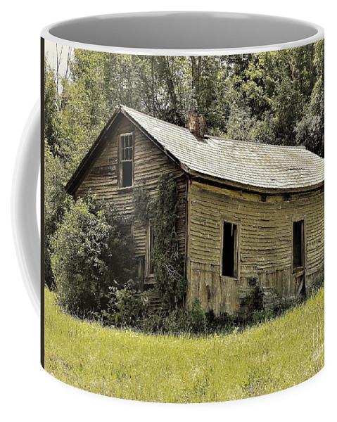 Old Barn Orwell Vermont Coffee Mug featuring the photograph Knees Buckling by Karen Velsor