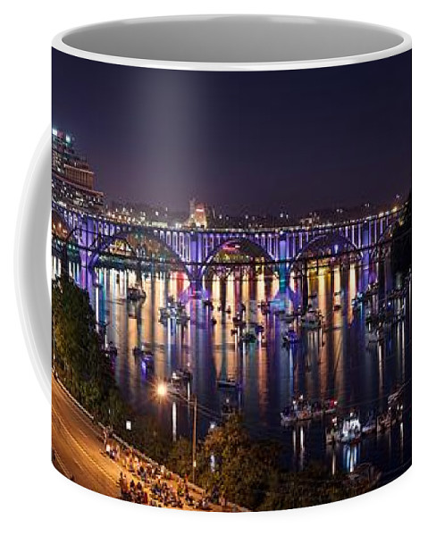 Knoxville Coffee Mug featuring the photograph Knoxville by FL collection