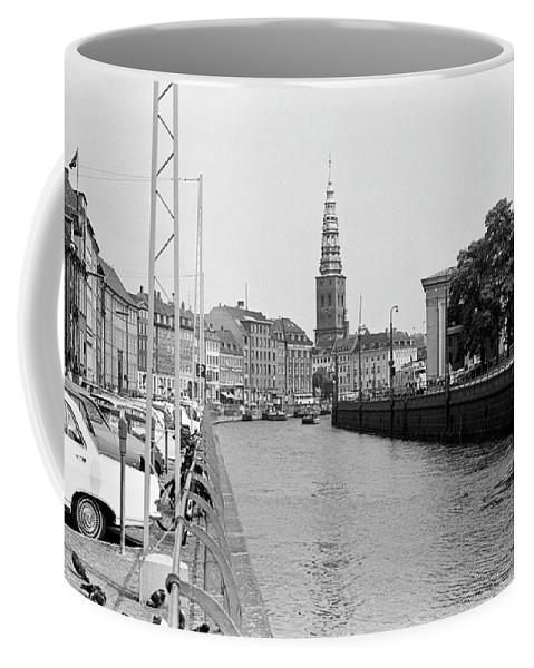 Copenhagen Coffee Mug featuring the photograph Kobenhavn Kanal by Lee Santa