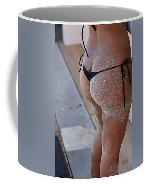 Women Coffee Mug featuring the photograph L W Thong by Rob Hans
