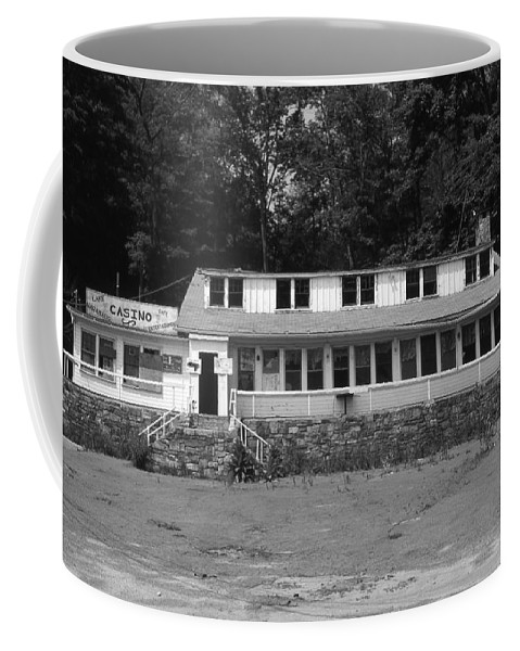 Connecticut Coffee Mug featuring the photograph Lake Waramaug Casino by Richard Rizzo