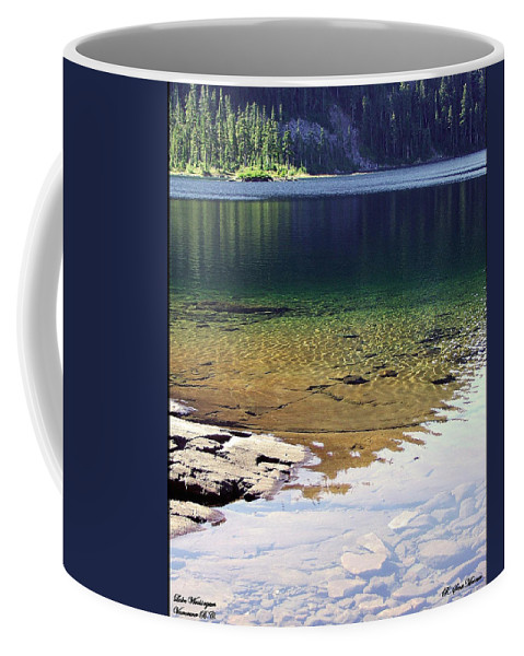 Vancouver B.c. Coffee Mug featuring the photograph Lake Washington by Robert Meanor