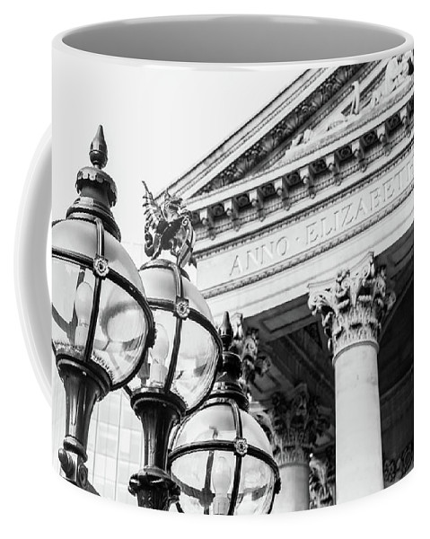 16x9 Coffee Mug featuring the photograph Lamppost With English Dragon by Jacek Wojnarowski