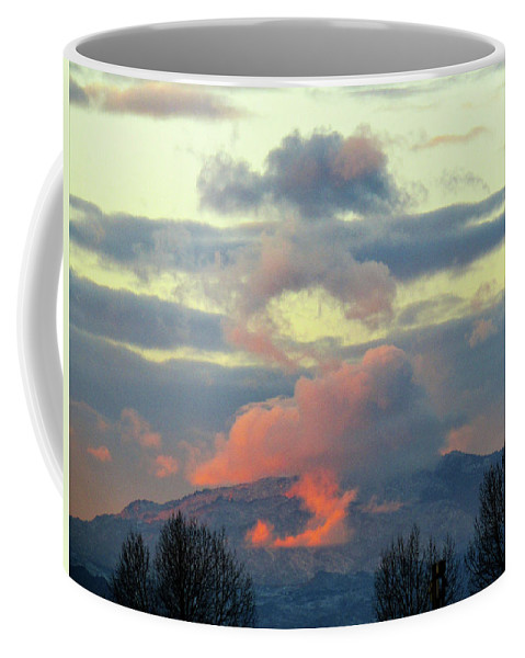 Clouds Coffee Mug featuring the photograph Wyoming Sunsets 1 by Kathy Ann Wittman