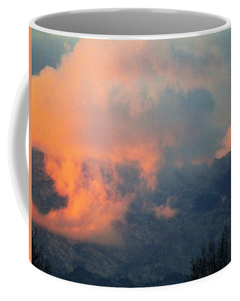 Clouds Coffee Mug featuring the photograph Wyoming Sunsets 2 by Kathy Ann Wittman