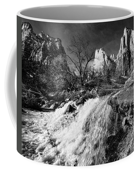 Mountains Coffee Mug featuring the photograph Late Afternoon At The Court Of The Patriarchs - Bw by Christopher Holmes