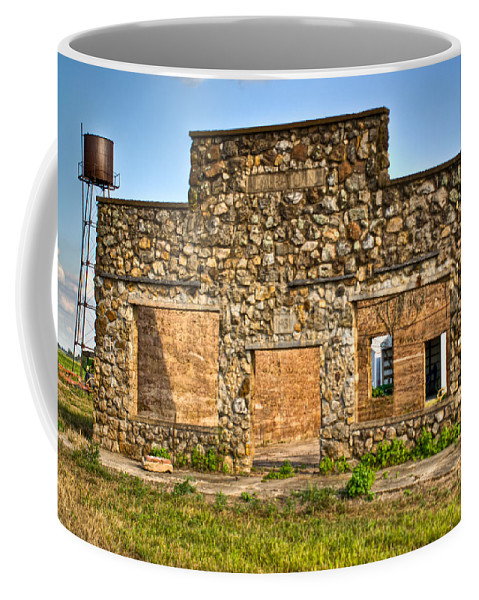 Lauratown Coffee Mug featuring the photograph Lauratown Arkansas A Ghost Of The Past by Douglas Barnett