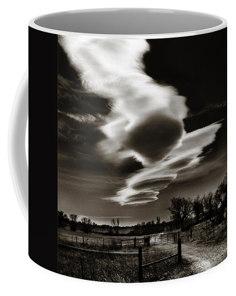 Clouds Coffee Mug featuring the photograph Lenticular Clouds Of Colorado by Marilyn Hunt