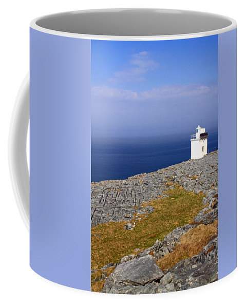 Lighthouses Coffee Mug featuring the photograph Lighthouse Cliff by Jennifer Robin
