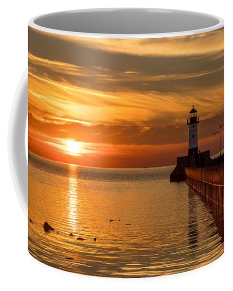 Lighthouse Coffee Mug featuring the photograph Lighthouse On Glass by Jeffrey Doty